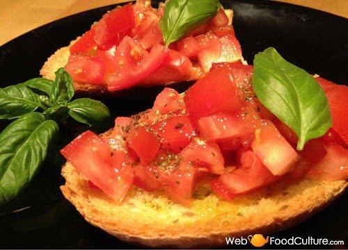 Bruschetta: Bruschetta with tomato.
