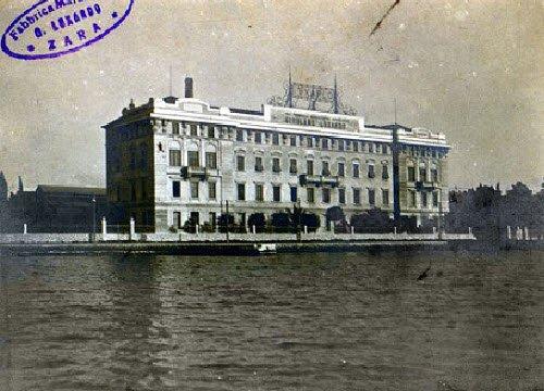 Maraschino liqueur: Luxardo factory, Barcagno, Zara 1913 (crt-01)