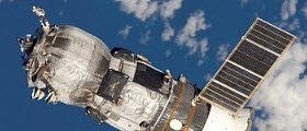 Space food: Progress M-52 spacecraft (img-10)
