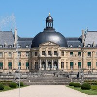 I banchetti rinascimentali di Vatel: Facciata del Castello di Vaux-le-Vicomte, J.P. GRANDMONT (cc-02)