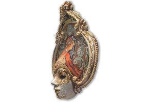 Venetian Frittelle: Venetian mask.